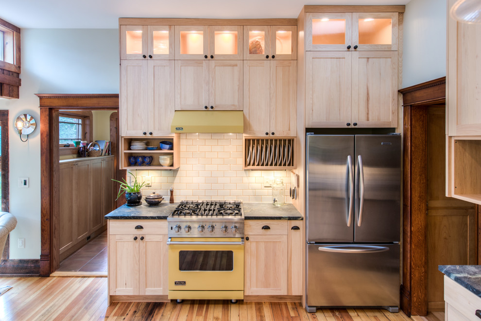Cabinet Lighting inside your Kitchen